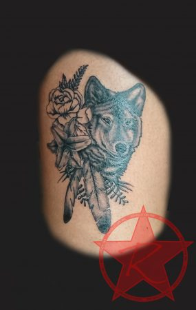 Wolf & flowers black and grey tattoo by Dana